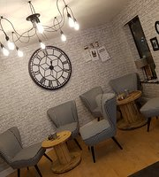 Connaught's Coffee House & Cafe