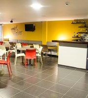 Balto Waffles y Cafe