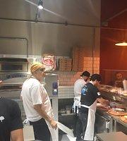 Donna Carmela Pizzas