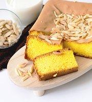 Santi's Cake Mulyosari