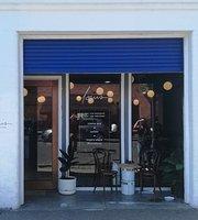 Cafe Louis