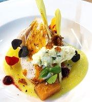 Amavi International Cuisine