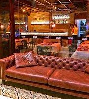 Cosmo Bar+Gastronomia+Musica
