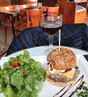Cafe Le Metropole