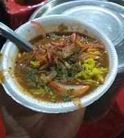 Manish Di Special Kachori
