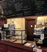 Cafe & A'more