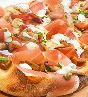 Avtorskaya Pizza