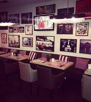 MB2 Restaurant-Lounge