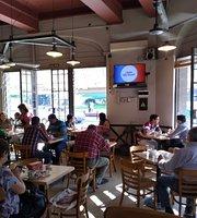 La Oficina Cafe-Bar
