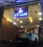 E7 Café