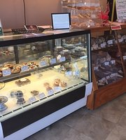 Annabelle's Cookies and More @ A&A Eats & More