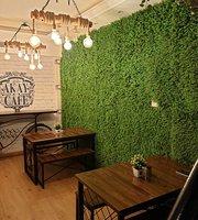 Akay Cafe