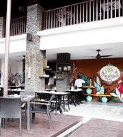 Kecambah Resto & Cafe