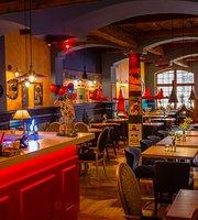 Czerwone Sombrero - Mexican Restaurant
