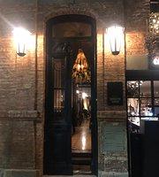 Modesto Godoy Café
