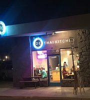 D E Thai Kitchen
