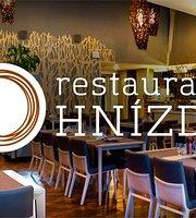 HNÍZDO Restaurant