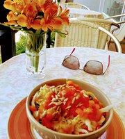 Cafe de Flore Bistro