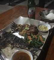 Seafood Warung Makan 45
