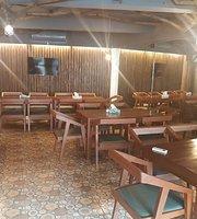Famos Indian Restaurant