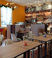 VLUE Café & Lounge