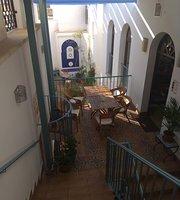Restaurante Almedina Baraka Teteria & Cafe