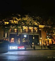 Uno Chicago Bar & Grill