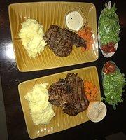 Noi's Restaurant