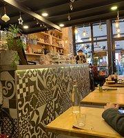 Cafe De Max