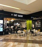 Britt Cafe Bakery Escazu