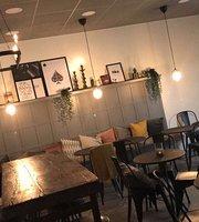 Stures Cafe & Bar