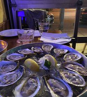 The Hogtown Pub & Oysters