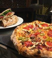 Paparazzi Pizzeria & Bar