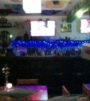 Café Dublin Pub, Grill & Terraza