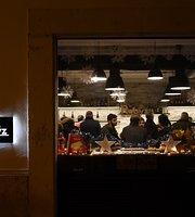 Robyz Bar