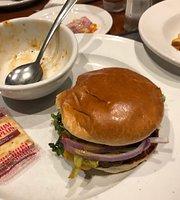 Bernies Bar & Grill