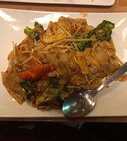 Mama D Thai Cuisine