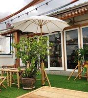 Kanom Chan Thai Desserts Bar