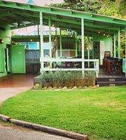 Ola Lola's Garden Bar