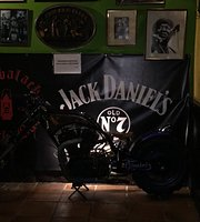 Cambalache Bar Rock & Roll