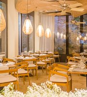 Alyzia Restaurant