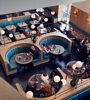 LLOYD Restaurant