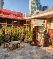 Mayass Beirut Restaurant