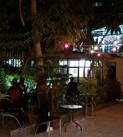 MA Restaurant and Bar