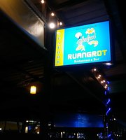 Ruangrot Restaurant & Bar
