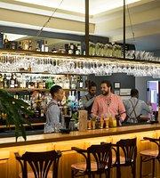 CazaBon Wine and Cocktail Bar