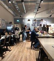 Artisan Cafe