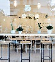 NonnAnge Bakery & Coffee