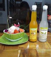 Mailu Cafe Shop