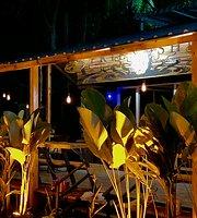 Friendship - Concept Restaurant